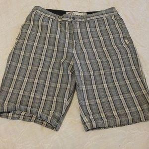 VANS Men's Plaid Bermuda Shorts Size 34
